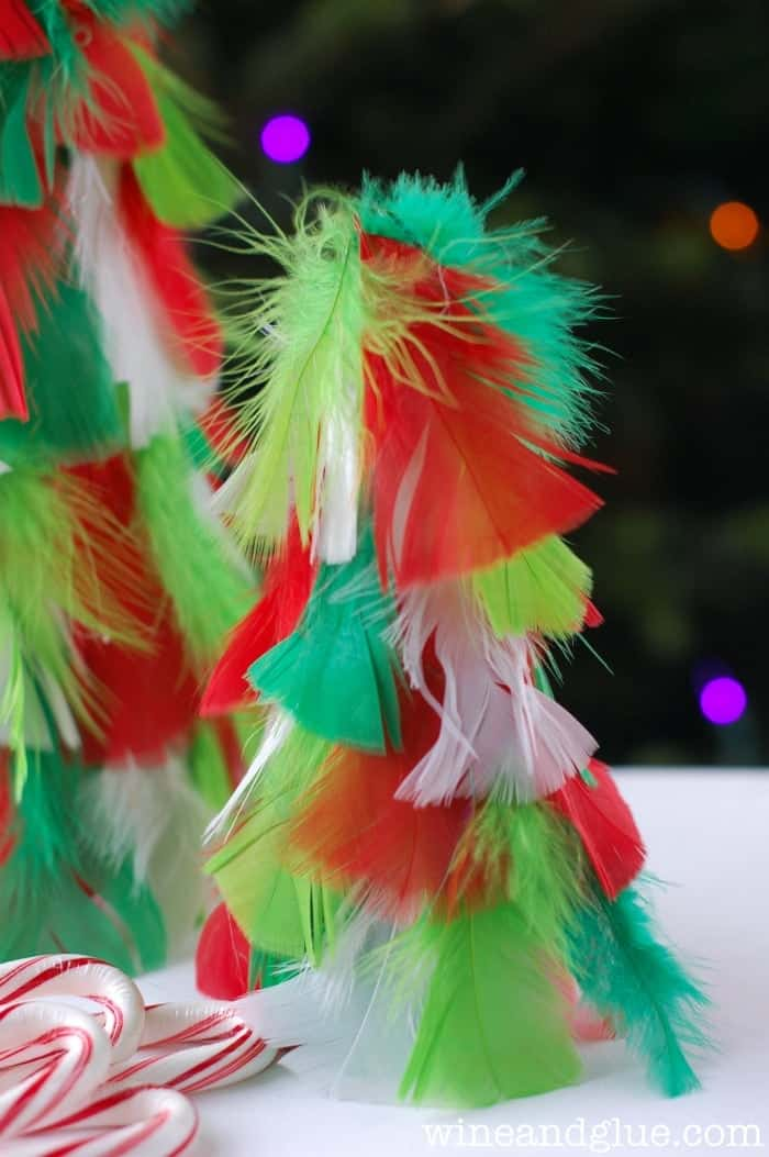 Homemade Christmas Decorations {Feather Christmas Trees} | www.wineandglue.com
