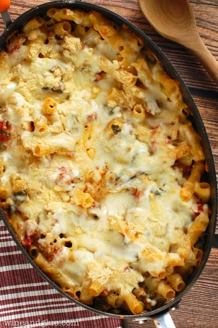 Baked Pasta with Sausage, Mushroom, and Spinach | www.winandglue.com | Comfort food at it's best! So flavorful and delicious!