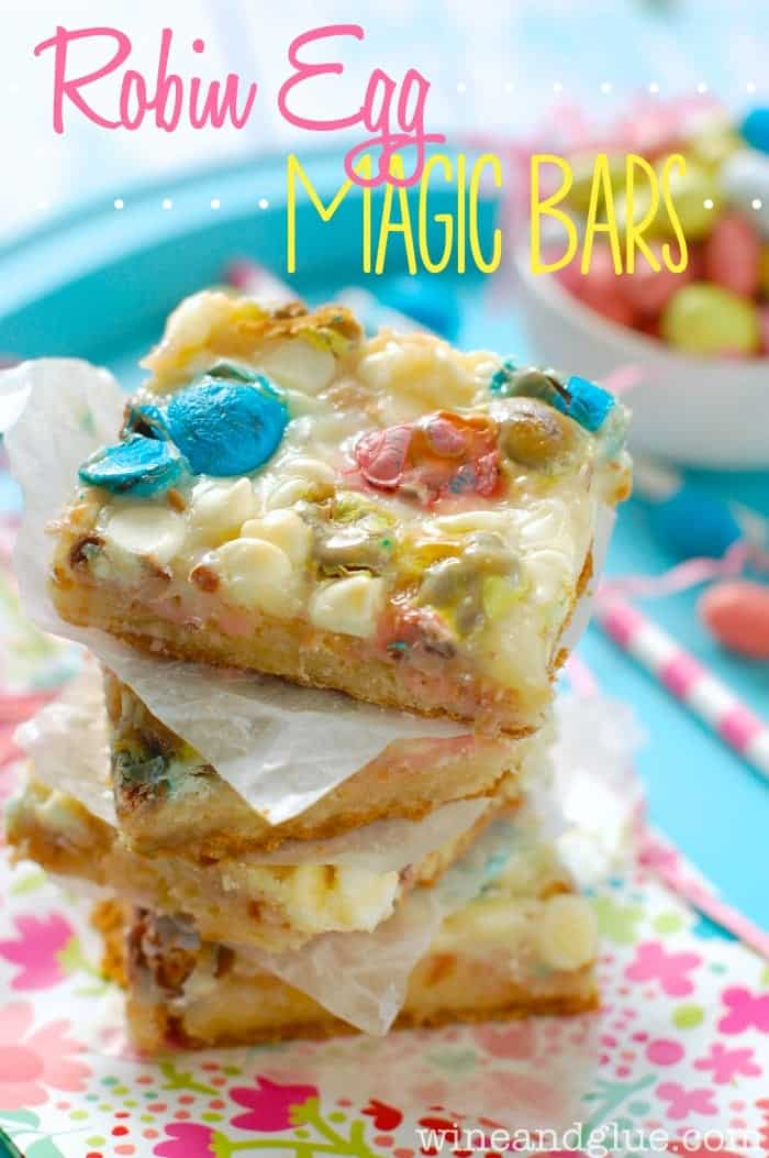 Robin Egg Magic Bars | www.wineandglue.com | With the graham cracker crust and the sugar cookie middle you won't be able to eat just one!