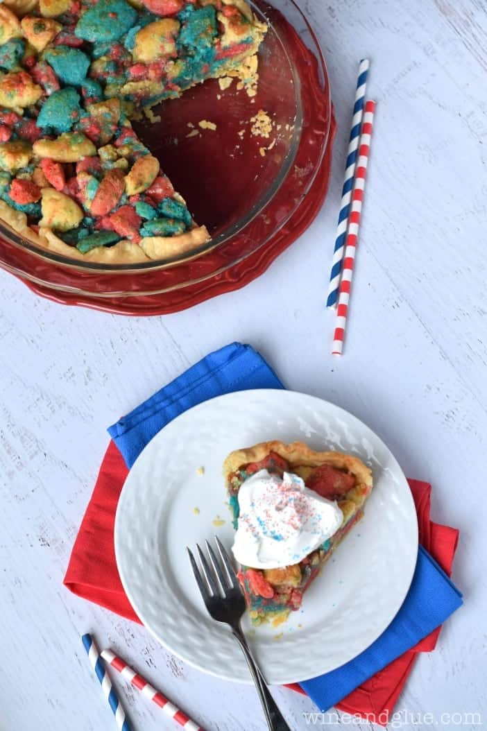 This Firework Sugar Cookie Pie is insanely delicious and like face planting into the biggest softest most delicious sugar cookie ever!