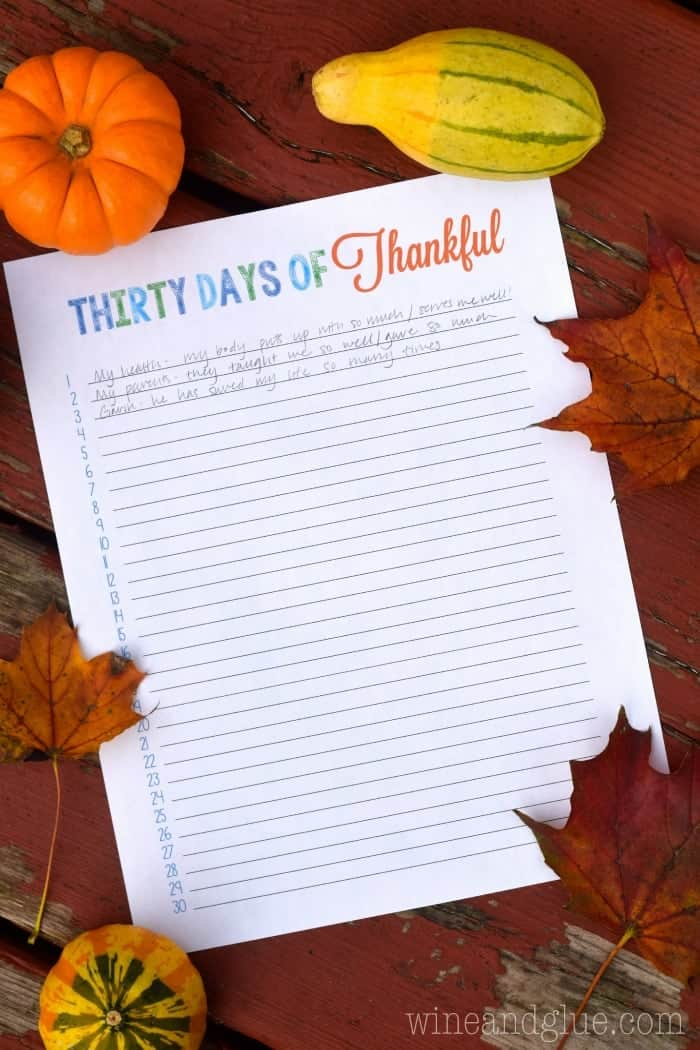 This {FREE} Thirty Days of Thankful printable is perfect for leading your family into the holiday season and bringing up conversations about gratitude.