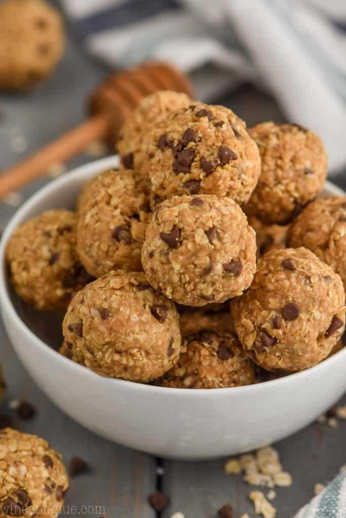 bowl of five ingredient no bake energy bites