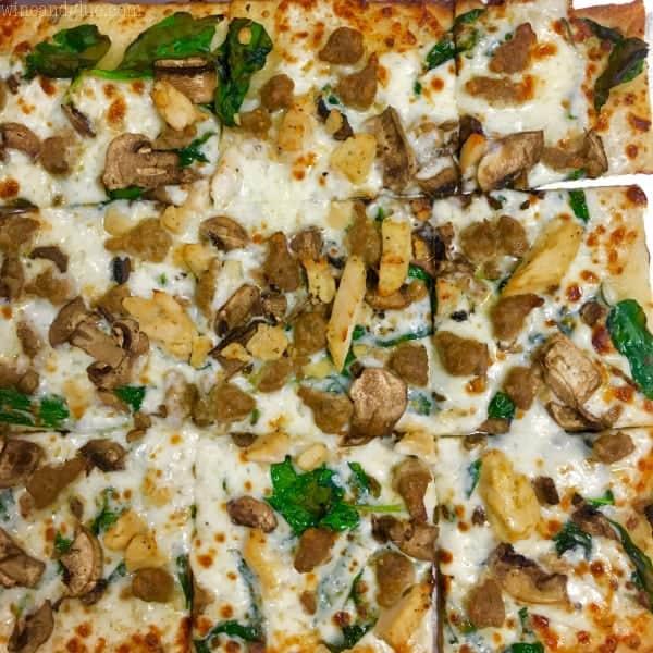 cali_alfredo_pizza