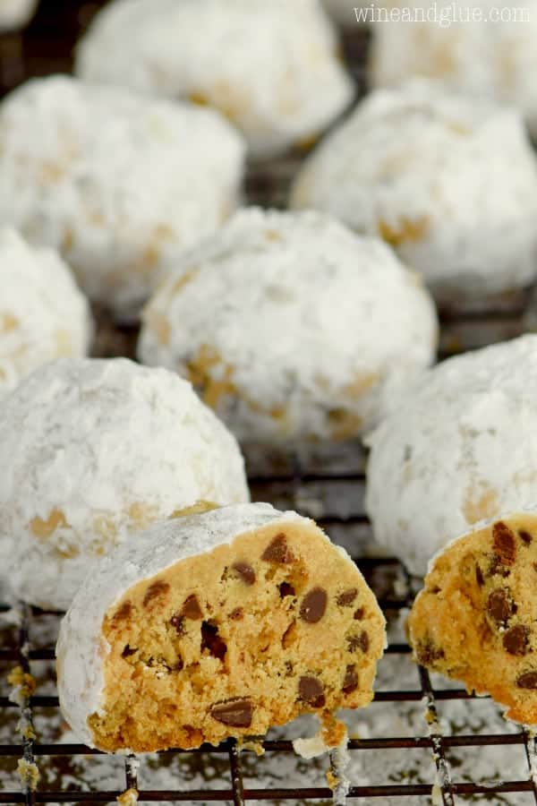 These Peanut Butter Chocolate Chip Snowball Cookies come together in a snap and are crazy addictive!