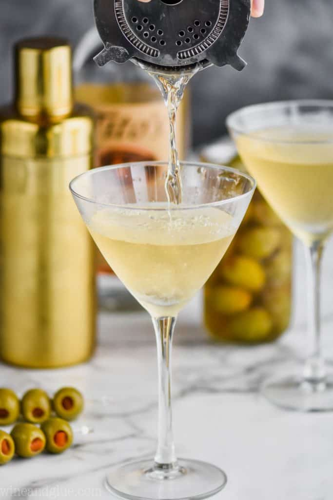 whats a dirty martini cocktail
