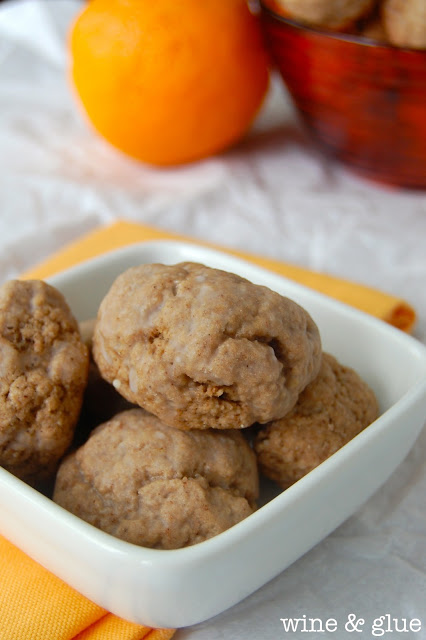 Orange Chocolate Spice Cookies. The sweet mixture of Orange and Chocolate with the added bonus of delicious spices, and smothered in a glaze. via www.wineandglue.com