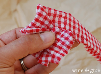No Sew Fabric Flowers!  An easy perfect accent for headbands, dresses, and more! via www.wineandglue.com